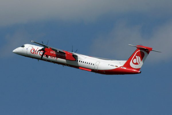 Bombardier Q400 der Air Berlin (© O. Pritzkow)