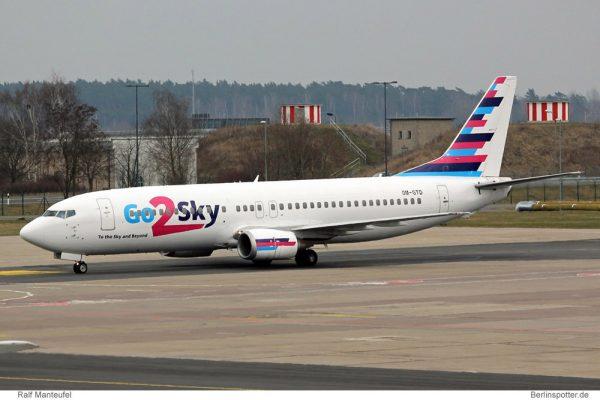 Go2Sky Boeing 737-400 OM-GTD (© R. Manteufel)