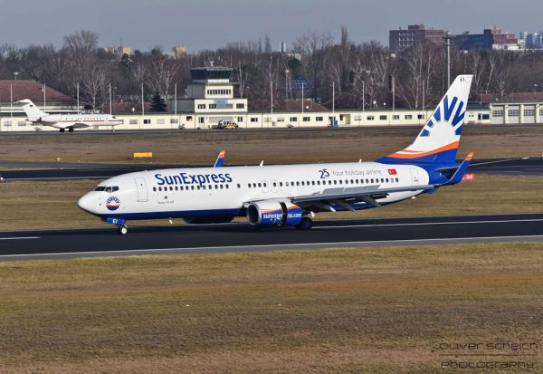 SunExpress Boeing 737-800(WL) TC-SEI (© O. Scheich)