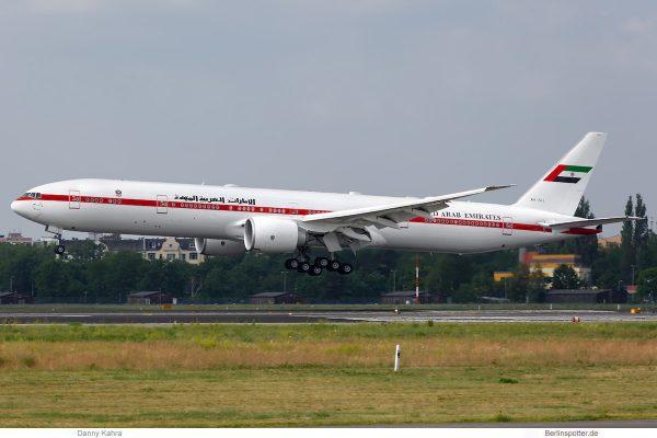 Vereinigte Arabische Emirate, Boeing 777-300ER A6-SIL (TXL 11.6.2019)
