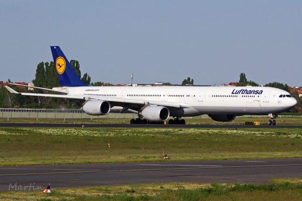 Lufthansa Airbus A340-600 D-AIHC