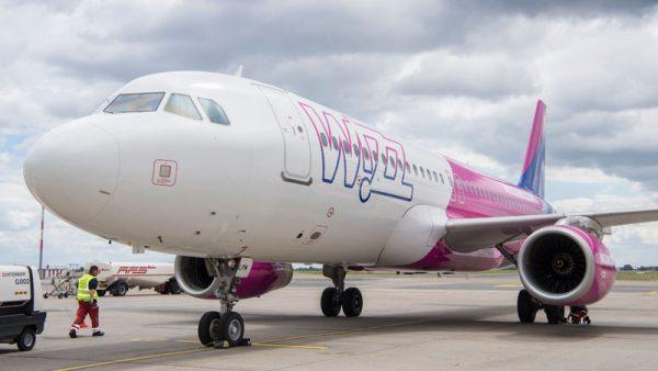 Airbus A320 der Wizz Air (© G. Wicker/FBB)