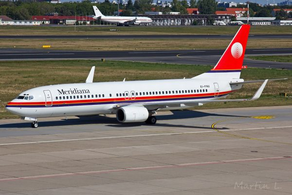 Meridiana Boeing 737-800(WL) EI-FNU (TXL 6.9. 2016)