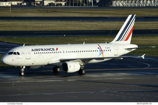 Air France Airbus A320-200 F-GKXI (TXL 20.11. 2016)