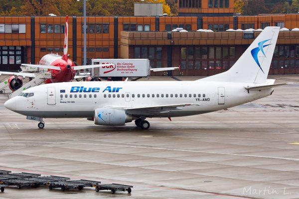 Blue Air, Boeing 737-500 YR-AMD (TXL 1.11. 2016)