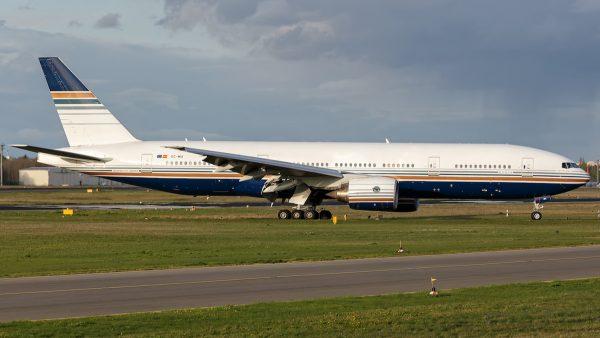 Privilege Style, Boeing 777-200ER EC-MIA (TXL 13.4. 2017)