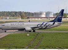 Aeroflot, Boeing 737-800(WL) VP-BMB, SkyTeam-Bemalung (SXF 22.4. 2017)