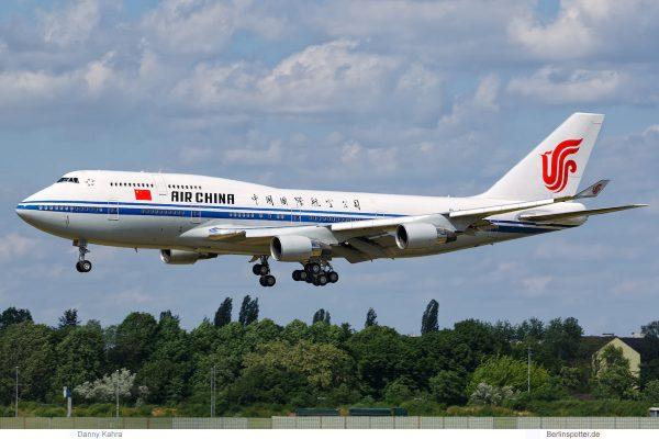 Air China, Boeing 747-400 B-2447 (TXL 31.5. 2017)