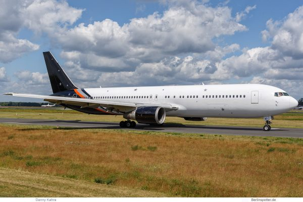 Titan Airways Boeing 767-300ER G-POWD (Berlin TXL 12.6. 2017)