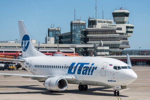 UTair, Boeing 737-500(WL) VQ-BJM (TXL 1.6. 2017, Foto: G. Wicker/FBB)