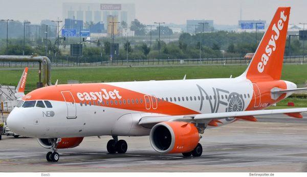 easyJet Airbus A320neo G-UZHB (SXF 11.8. 2017)