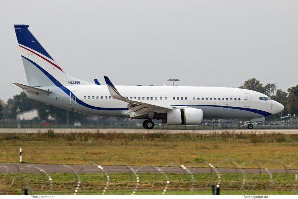 Hyundai, Boeing 737-700(BBJ) HL8290 (SXF 26.9. 2017)