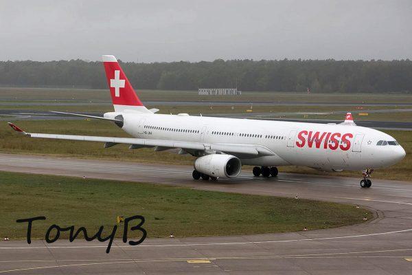 Swiss, Airbus A330-300 HB-JHA (TXL 24.10. 2017)