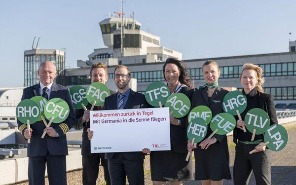 Germania- und Flughafen-Team eröffnen die Basis.