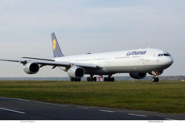 Lufthansa Airbus A340-600 D-AIHK (TXL 4.11. 2017)