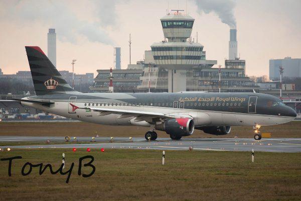 Royal Wings, Airbus A320-200 JY-AYI (TXL 2.1. 2018)