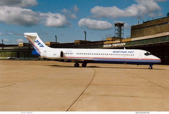 Boeing Aircraft Corp., Boeing 717-200 XE (THF 23.6. 1999)