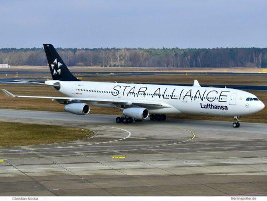 Lufthansa, Airbus A340-300 D-AIGN, Star-Alliance-Bemalung (TXL 2.4. 2018)