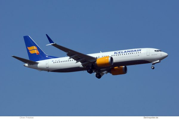 Icelandair, Boeing 737 MAX 8 TF-ICE (TXL 15.4. 2018)