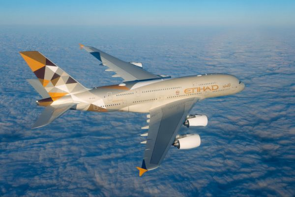 Etihad Airways Airbus A380 im Flug (© Airbus P.Masclet)