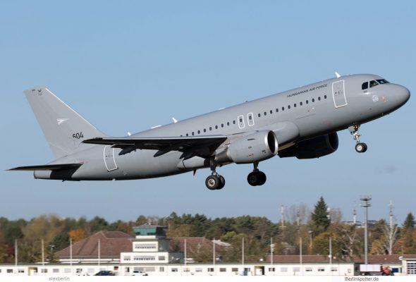 Hungarian Air Force, Airbus A319-100 '604' (TXL 30.10.2018)