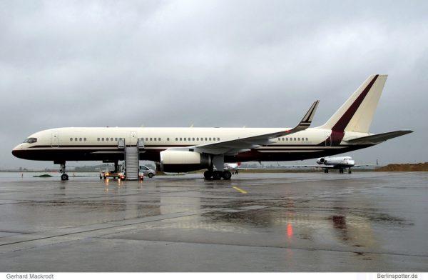 The Yucaipa Companies, Boeing 757-200(WL) N770BB (SXF 6.5. 2009)