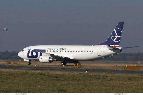 LOT Polish Airlines, Boeing 737-400 SP-LLF (TXL 13.10. 2018)