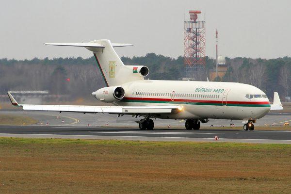Burkina Faso, Boeing 727-200(RE)(WL) XT-BFA (TXL 21.2.2019)