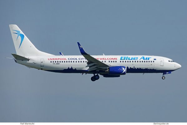 Blue Air, Boeing 737-800(WL) YR-BMH, City of Liverpool cs. (SXF 2.6.2019)