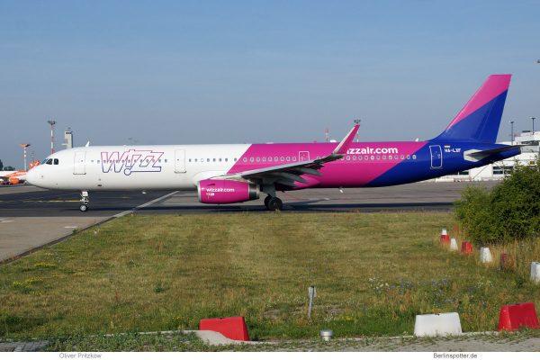 Wizz Air, Airbus A321-200(SL) HA-LXF (SXF 20.7.2019)