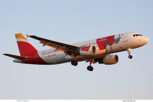 Iberia Express, Airbus A320-200 EC-MUF, Madrid-Sticker (TXL 21.9.2019)