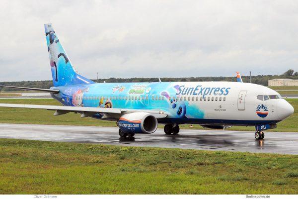 SunExpress, Boeing 737-800(WL) TC-SNU, Shaun das Schaf (TXL 1.10.2019)