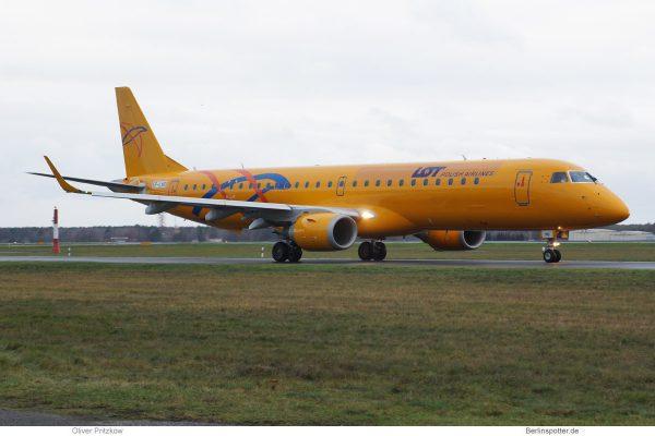 LOT Polish Airlines, Embraer 195 SP-LNO (TXL 7.12.2019)