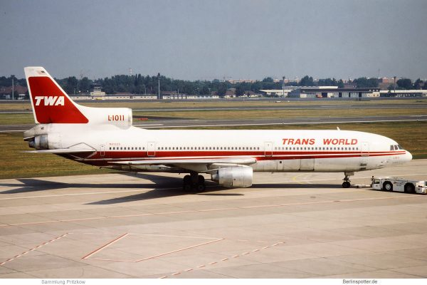 TWA Trans World Airlines, Lockheed L-1011 TriStar N81025 (TXL 1992)