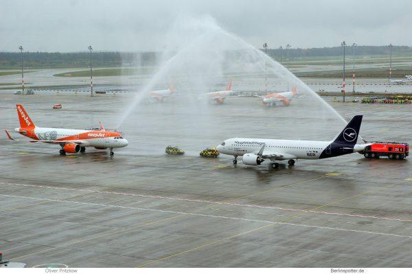 Begrüßung von easyJet und Lufthansa anlässlich der BER-Eröffnung am 31.10.2020