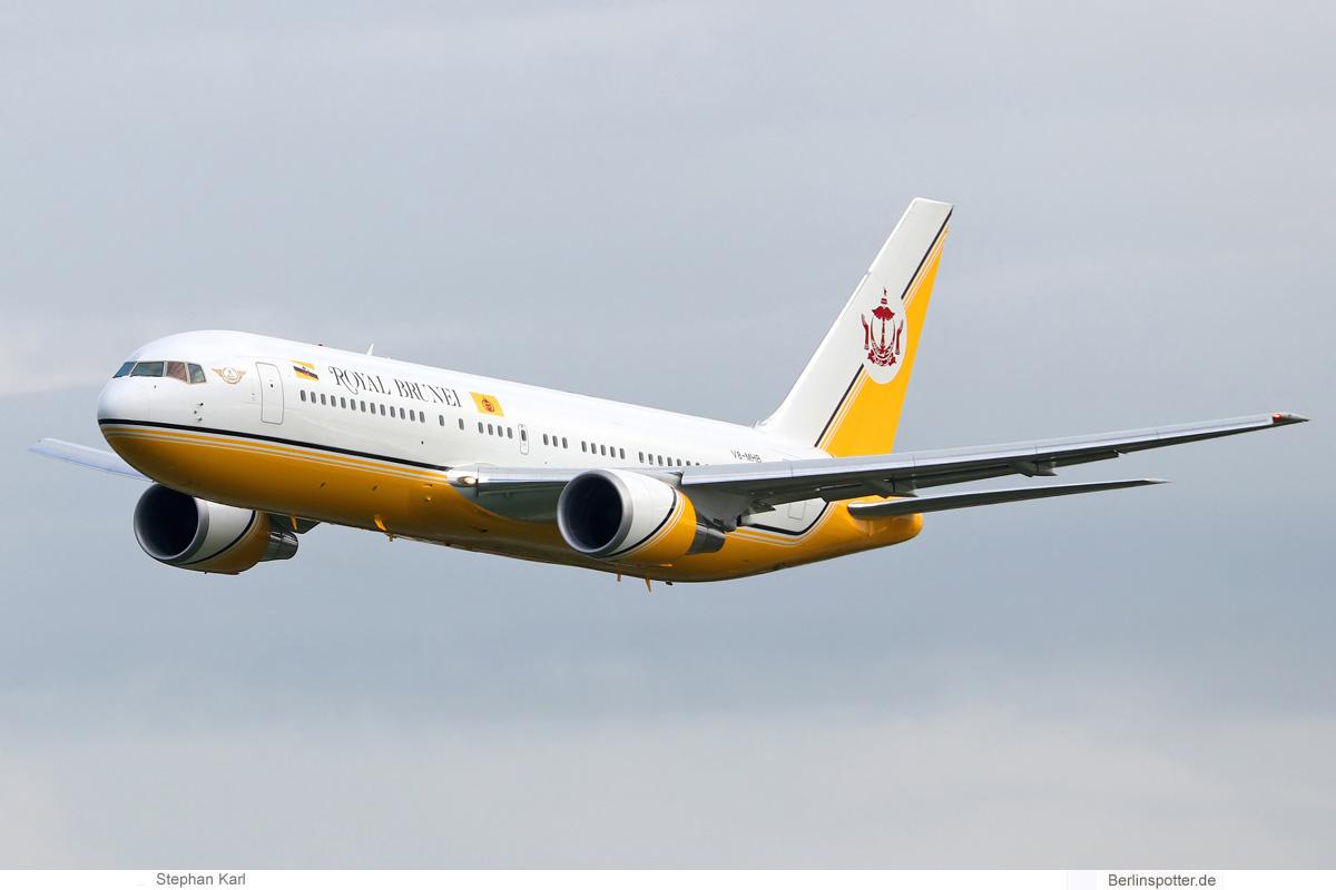 Royal Brunei, Boeing 767-200ER V8-MHB (TXL 7.10.2020)