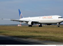 United Airlines Boeing 767-400ER N76064 (© O. Pritzkow)