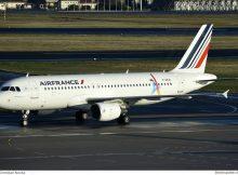 Air France Airbus A320-200 F-GKXI (TXL 20.11. 2016)