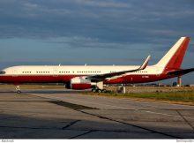 The Yucaipa Companies, Boeing 757-200(WL) N770BB (SXF 10.7. 2006)