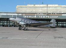 Air Service Berlin, Douglas DC-3 G-AMPZ (THF 10/2001), Foto: PCCB
