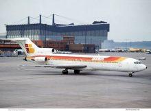 Iberia, Boeing 727-200 EC-DDV (TXL ca. 1992)