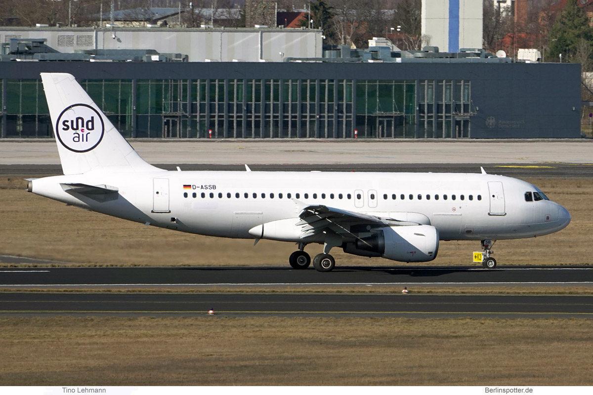 Sundair, Airbus A319-100 D-ASSB (BER 5.3.2021)