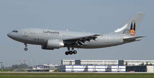 Luftwaffe, Airbus A310-300 10+23, 30 Jahre Sticker (BER 21.4.2021)