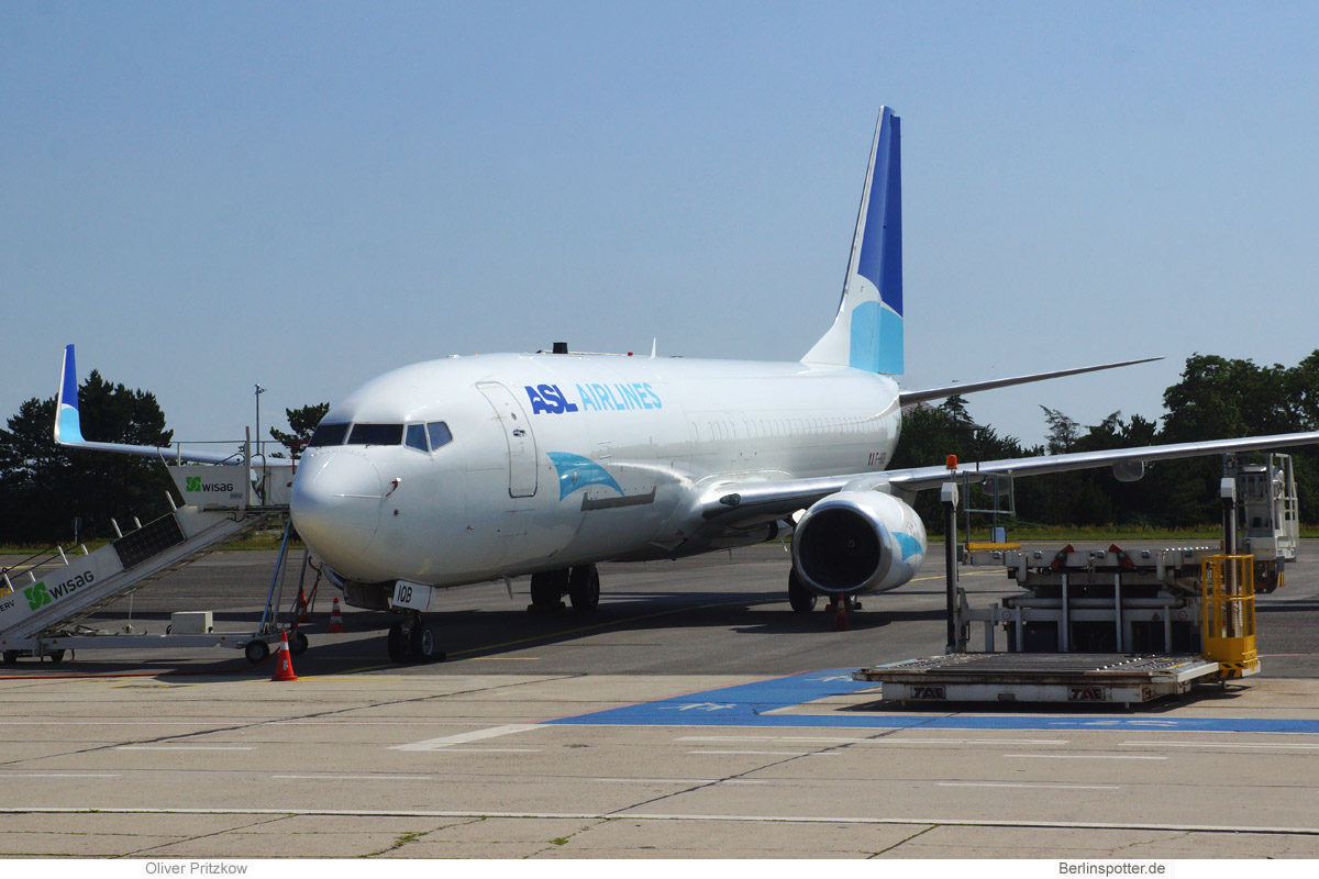 ASL Airlines France, Boeing 737-800BCF F-HIQB (BER 11.7.2021)