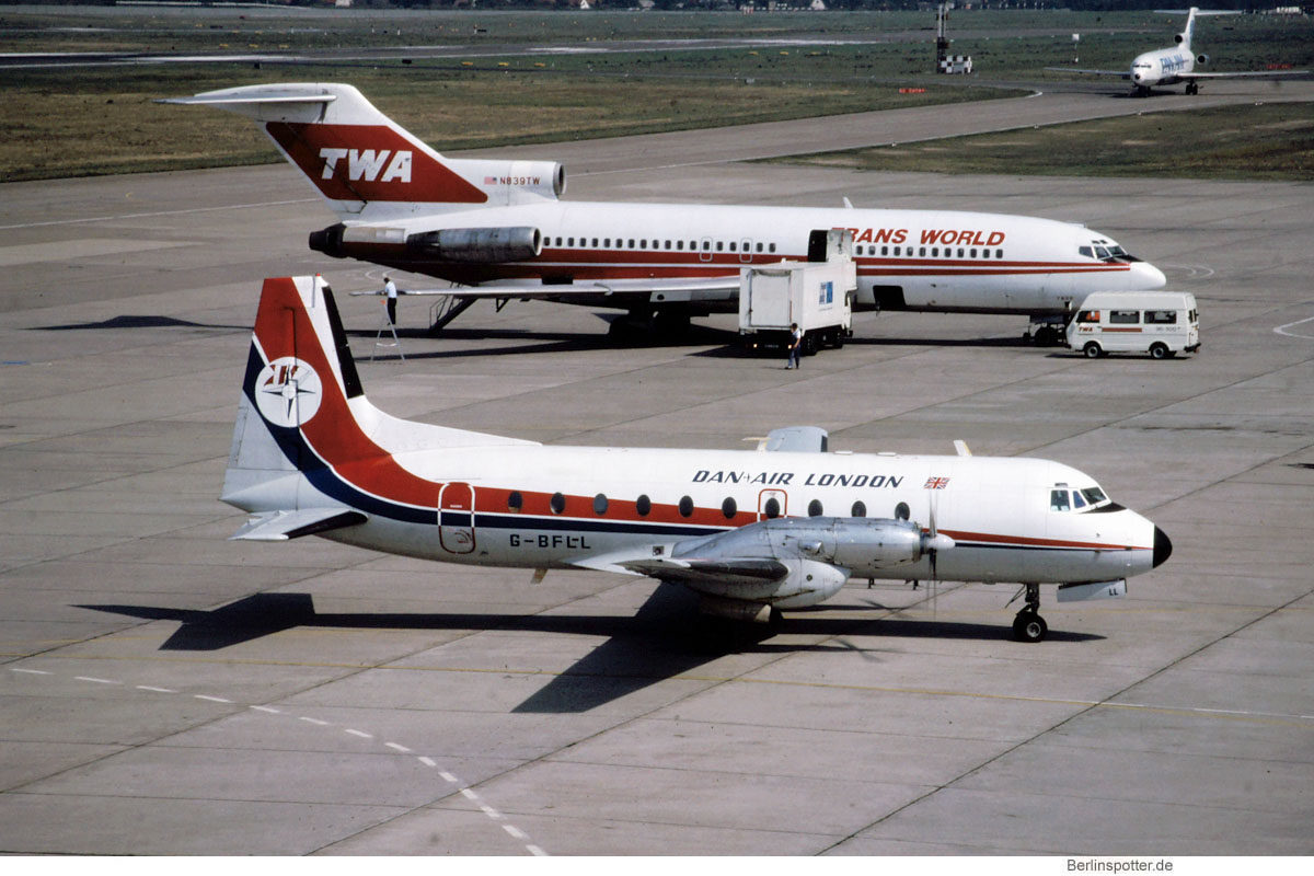 Dan-Air London, Hawker-Siddeley HS.748 Srs 2A G-BFLL (TXL 1980er Jahre)